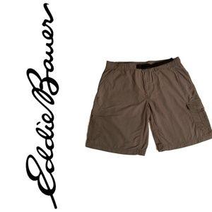 Eddie Bauer  Men shorts Size XL